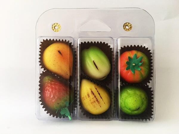 VALIGETTA FRUTTA MARTORANA Ingredienti: Zucchero, mandorle pelate, miele e aromi naturali Peso: 125g