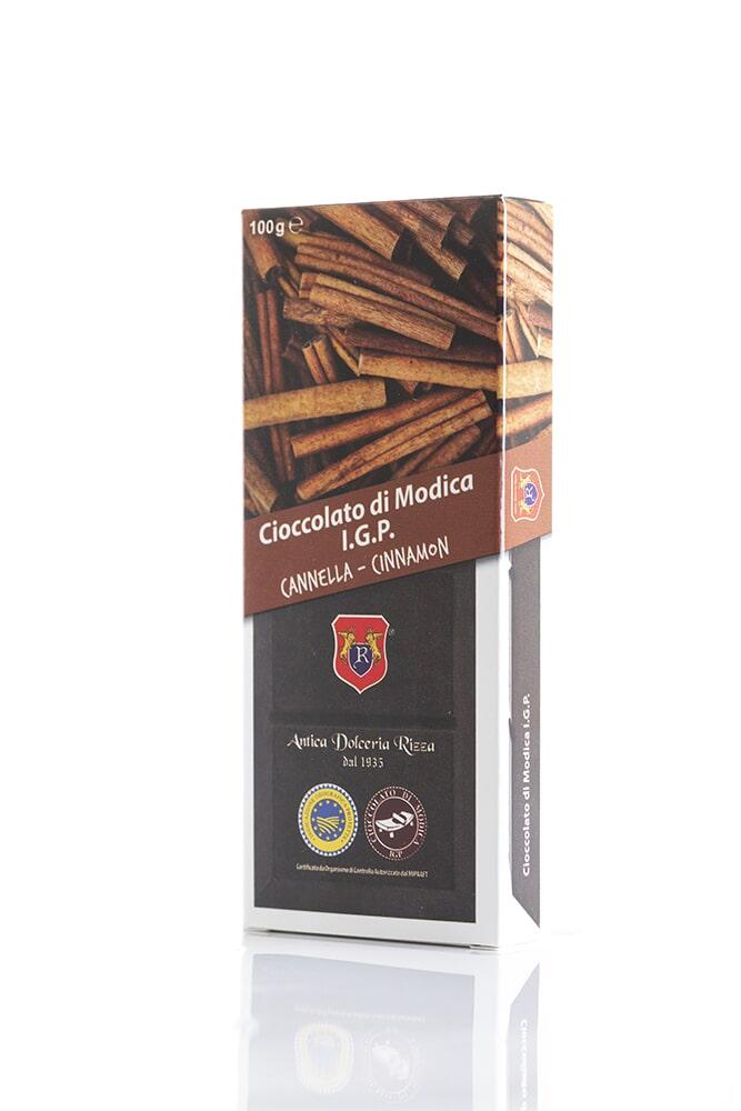 CIOCCOLATO ALLA CANNELLA Cacao minimo 50% Ingredienti: Pasta di cacao, Zucchero, Cannella 0,6% Peso: 100g