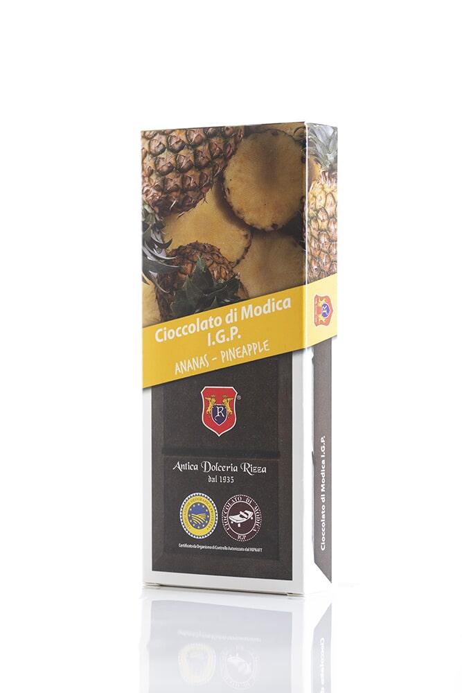 CIOCCOLATO ALL'ANANAS Cacao minimo 50% Ingredienti: Pasta di cacao, Zucchero, Ananas 0,8%, aromi naturali Peso: 100g