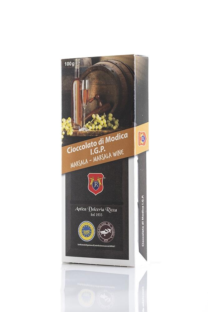 CIOCCOLATO AL MARSALA Cacao minimo 50% Ingredienti: Pasta di cacao, Zucchero, Marsala Florio 0,02%, aromi naturali Peso: 100g
