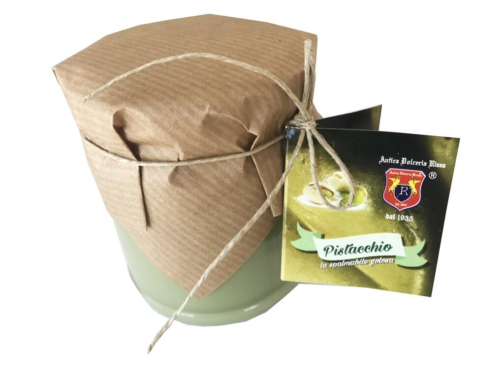 SPALMABILE AL PISTACCHIO Ingredienti: Zucchero, pistacchi 30%, oli vegetali, latte scremato in polvere, lattosio, aromi Formato: Vasetto 200 g